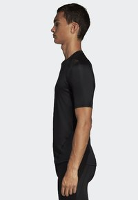 adidas Performance - ALPHASKIN BADGE OF SPORT TEE - Print T-shirt - black - 2
