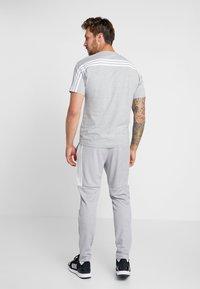 adidas Performance - 3 STRIPES TEE - Print T-shirt - medium grey heather/white - 2
