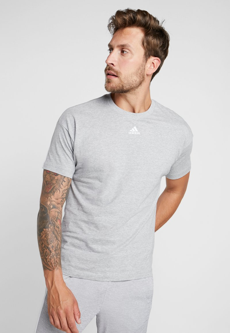 adidas Performance - 3 STRIPES TEE - Print T-shirt - medium grey heather/white