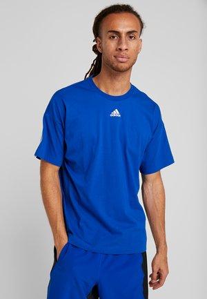 3 STRIPES TEE - T-shirt med print - croyal