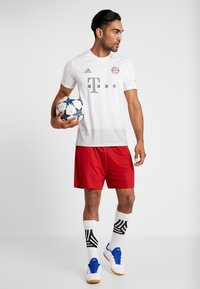 adidas Performance - FC BAYERN - Article de supporter - white - 1