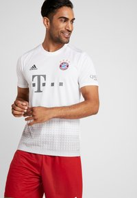 adidas Performance - FC BAYERN - Article de supporter - white - 0