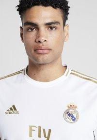 adidas Performance - REAL MADRID - Equipación de clubes - white - 3