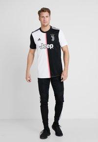 adidas Performance - JUVENTUS TURIN H JSY - Equipación de clubes - black/white - 1