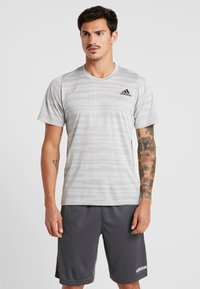adidas Performance - Camiseta estampada - medium grey - 0