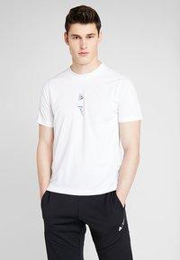 adidas Performance - PARLEY TEE REGULAR FIT T-SHIRT - Funktionsshirt - white - 0