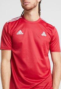 adidas Performance - TAN  - T-shirt print - active maroon - 4