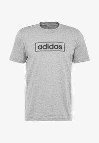 adidas Performance - BOX  - T-shirt med print - medium grey heather/black - 3