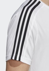 adidas Performance - DESIGN 2 MOVE 3-STRIPES T-SHIRT - Print T-shirt - white - 4