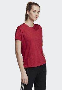 adidas Performance - ID WINNERS ATT-SHIRTTUDE T-SHIRT - T-shirts med print - red - 3