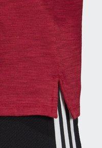 adidas Performance - ID WINNERS ATT-SHIRTTUDE T-SHIRT - T-shirts med print - red - 6