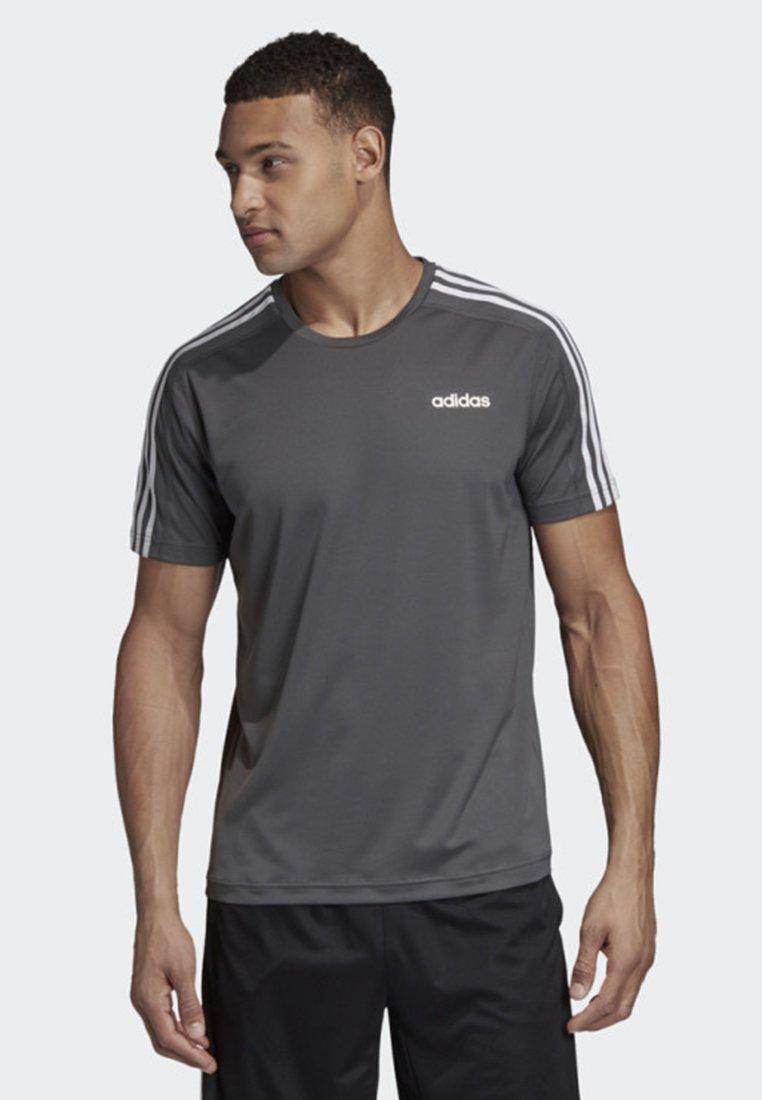 adidas Performance - DESIGN 2 MOVE 3-STRIPES T-SHIRT - Print T-shirt - grey