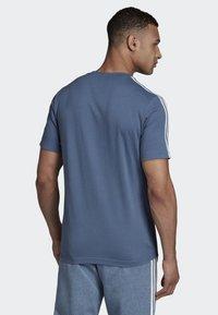 adidas Performance - ESSENTIALS 3-STRIPES T-SHIRT - Sportshirt - blue - 1