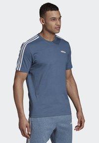 adidas Performance - ESSENTIALS 3-STRIPES T-SHIRT - Sportshirt - blue - 3