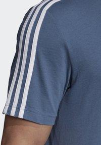adidas Performance - ESSENTIALS 3-STRIPES T-SHIRT - Sportshirt - blue - 5