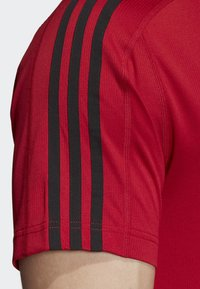 adidas Performance - DESIGN 2 MOVE 3-STRIPES T-SHIRT - Print T-shirt - red - 4