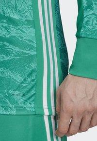 adidas Performance - FC BAYERN HOME GOALKEEPER JERSEY - Maillot de gardien de but - green - 5