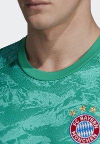 adidas Performance - FC BAYERN HOME GOALKEEPER JERSEY - Maillot de gardien de but - green - 6