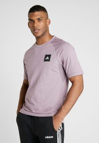 adidas Performance - Print T-shirt - legacy purple - 0