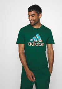adidas Performance - BIT BOS - T-shirts med print - green - 0