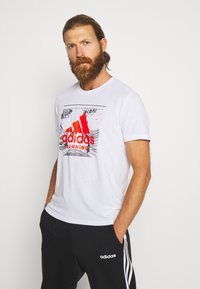 adidas Performance - FAST TEE - T-shirts med print - white - 0