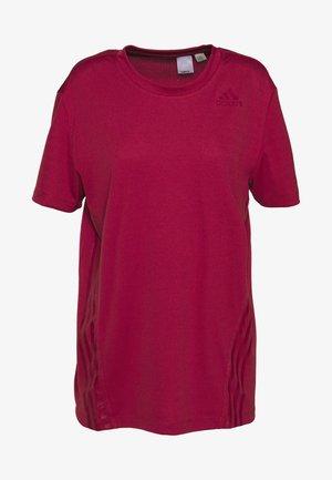 AEROREADY TRAINING SLIM SHORT SLEEVE TEE - T-shirts print - leg red