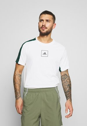 3S TAPE TEE - T-shirt z nadrukiem - white