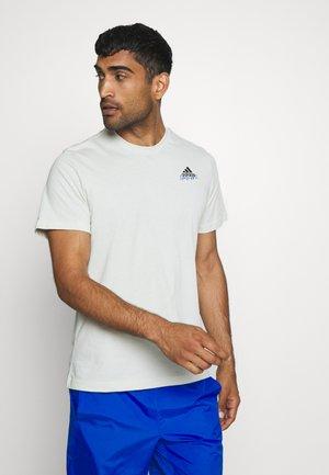 EMBLEM - Print T-shirt - grey