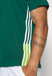 adidas Performance - TEE - T-shirt print - green - 6