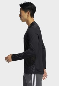 adidas Performance - OWN THE RUN LONG-SLEEVE TOP - Funktionstrøjer - black - 3