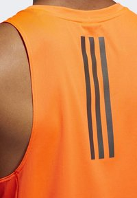 adidas Performance - RISE UP N RUN SINGLET - Linne - orange - 5