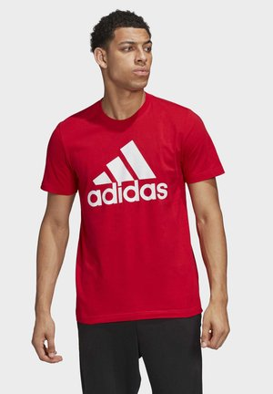 MUST HAVES BADGE OF SPORT T-SHIRT - T-shirt con stampa - red