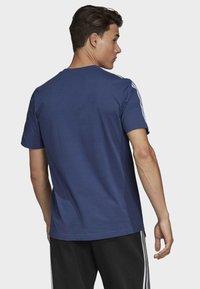 adidas Performance - ESSENTIALS 3-STRIPES T-SHIRT - Print T-shirt - tech indigo - 1