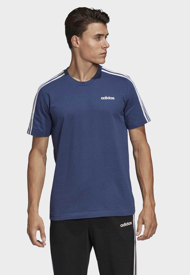 adidas Performance - ESSENTIALS 3-STRIPES T-SHIRT - Print T-shirt - tech indigo