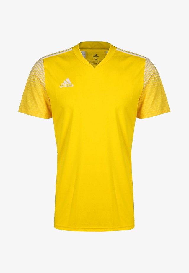 REGISTA - T-shirt print - team yellow/white