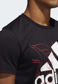 adidas Performance - FUTURE COURTS T-SHIRT - T-shirts med print - black - 4