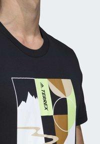 adidas Performance - TERREX ADVENTURE T-SHIRT - Printtipaita - black - 4