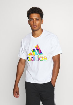 PRIDE SPORTS SHORT SLEEVE GRAPHIC TEE - Camiseta estampada - white