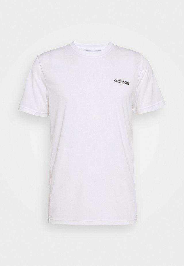 TRAINING SPORTS SHORT SLEEVE TEE - T-shirt basique - white/black