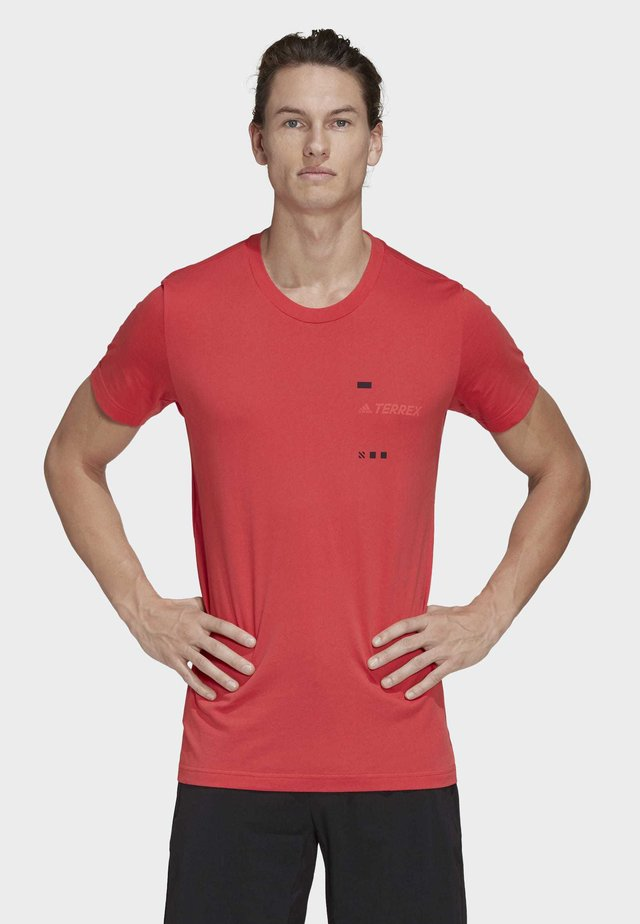 TERREX GRAPHIC T-SHIRT - T-shirt con stampa - red