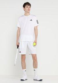 adidas Performance - CLUB SHORT - Pantaloncini sportivi - white/black - 1
