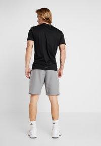 adidas Performance - CLUB SHORT - Sports shorts - grey/glow green - 2