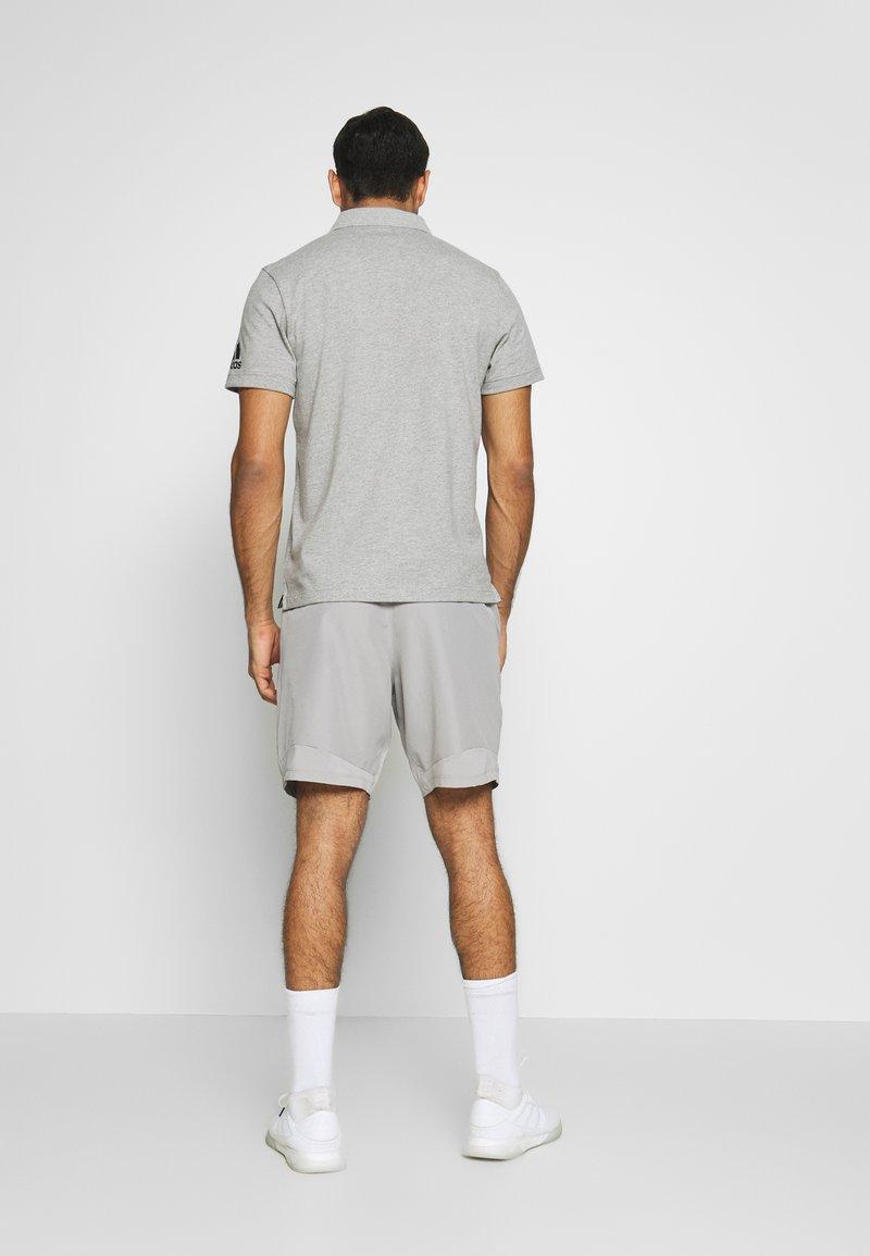 adidas Performance - 4KRFT SPORT WOVEN LIGHTWEIGHT SHORTS - Träningsshorts - medium grey heather/solid grey