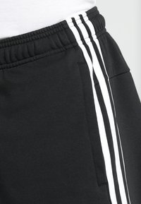 adidas Performance - Korte broeken - black