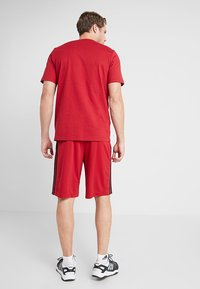 adidas Performance - COOL - Sports shorts - red/black - 2