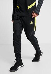 adidas Performance - Manchester United - Teplákové kalhoty - black/solar grey - 0