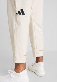 adidas Performance - PANT - Joggebukse - off-white - 4