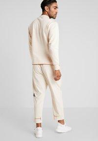 adidas Performance - PANT - Joggebukse - off-white - 2