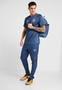 adidas Performance - FC BAYERN MÜNCHEN - Article de supporter - marine/blue - 1
