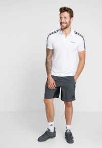 adidas Performance - 4KRFT SPORT 10-INCH LIGHTWEIGHT SHORTS - Sports shorts - black/grey six - 1